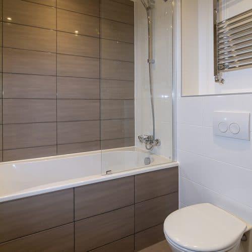 The Eden - Family Bathroom