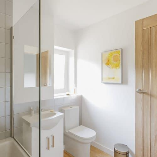 The Darwin - Family Bathroom - Plot 99